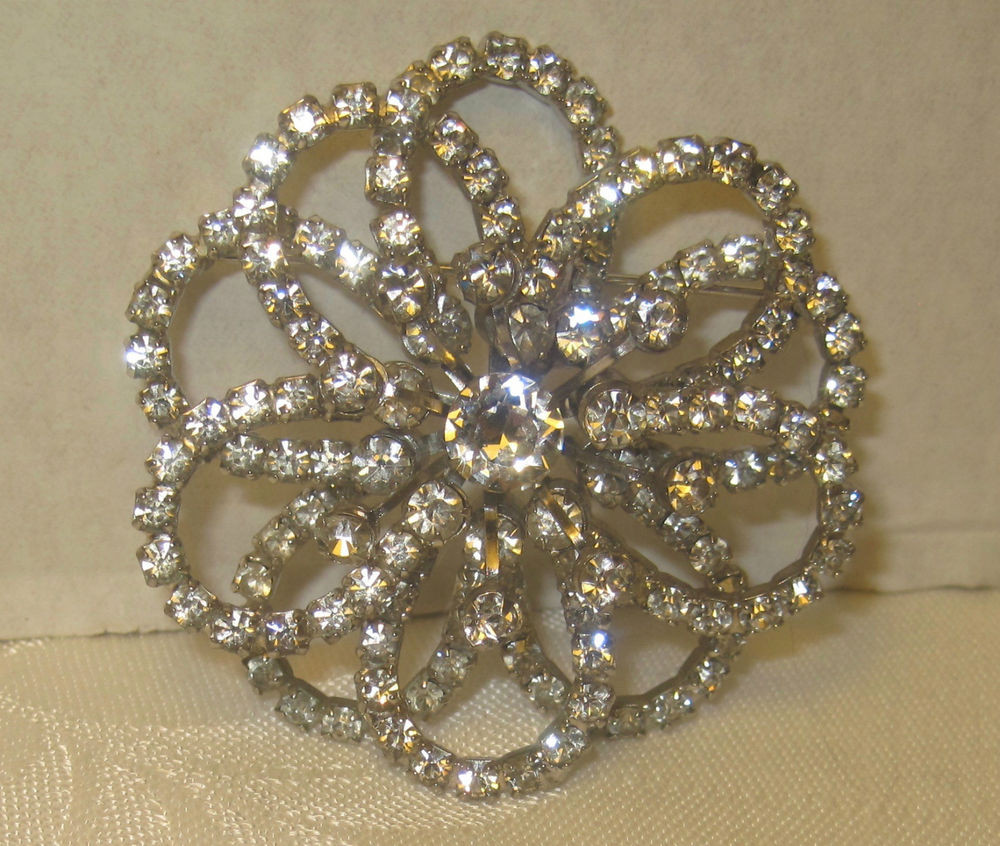 Pins Jewelry Rhinestone Flower Sunburst Silvertone Pin Brooch