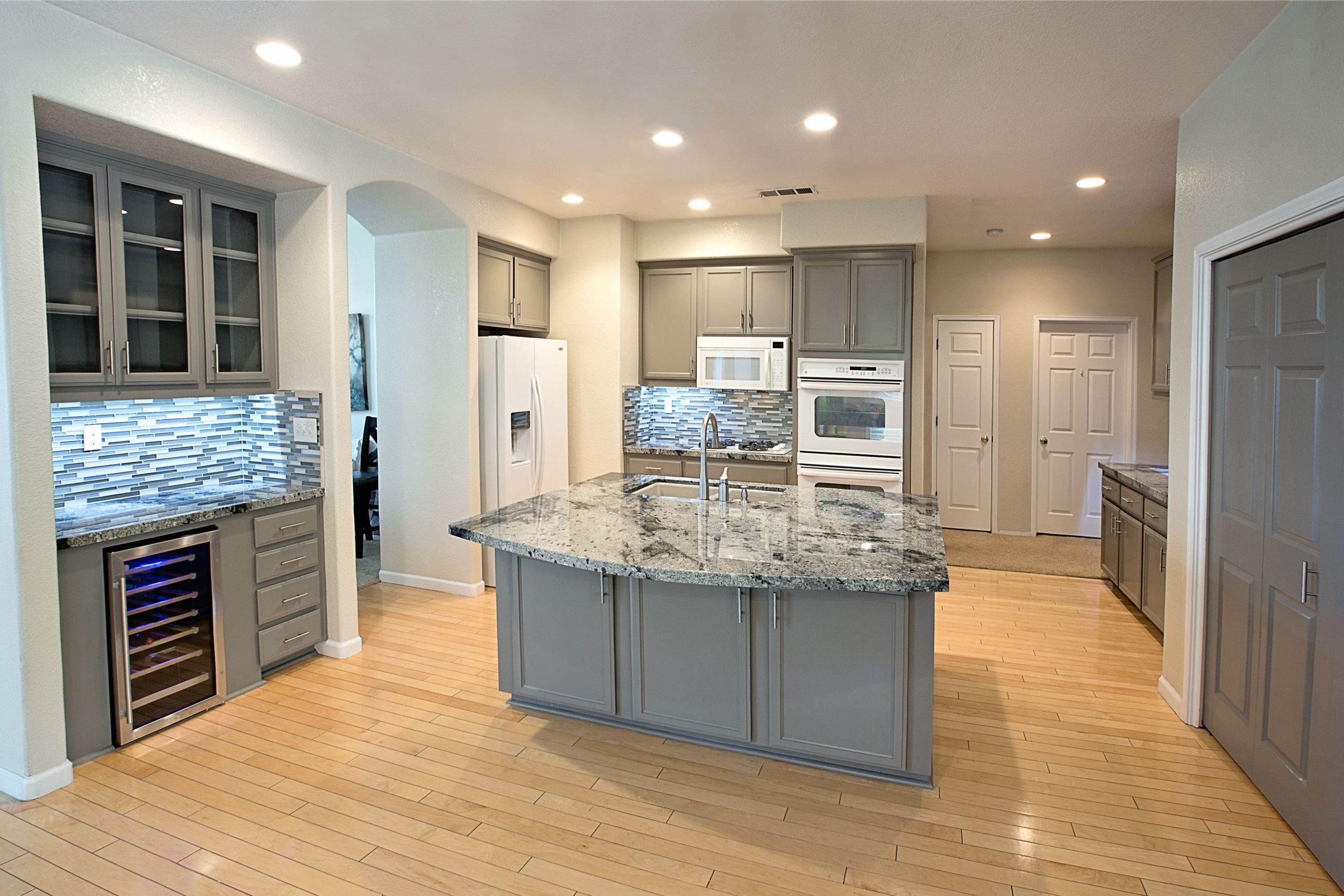 22 Favorite Recessed Lighting Placement Kitchen - Home ...